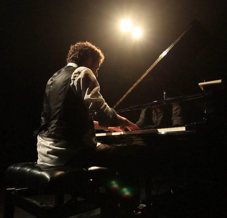 Arthur guillemot - Musicien - compositeur - sound design - piano - guitare